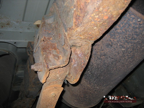 Heavy rust on this Tundras rear leaf spring.