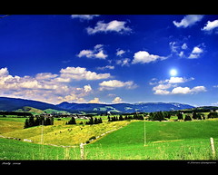 lo splendido altopiano di Asiago.. Italy 2009 (FIORASO GIAMPIETRO ITALY....) Tags: travel sunset italy landscapes photo amazing kitten europe italia natura best campagna excellent always asiago montagna viaggio vacanza visualart vacanze vicenza emozioni faved veneto greatphoto panorami naturesfinest ladscapes theworldwelivein supershot flickrsbest fioraso kartpostal giampietro canoneos50d lecolline anawesomeshot colorphotoaward aplusphoto goldcollection holidaysvacanzeurlaub flickraward frhwofavs theunforgettablepictures overtheexcellence platinumheartaward goldstaraward natureselegantshots multimegashot alemdagqualityonlyclub photoshopcreativo grouptripod vosplusbellesphotos alwaysexcellent makanamaikalani artofimages virtualjourney saariysqualitypictures sensationalphoto absolutegoldenmasterpiece savebeautifulearth scattifotografici fiorasogiampietro updatecollection platinumpeaceaward absolutelyperrrfect bestcapturesaoi flickrunitedwinner magicunicornverybest obramaestra
