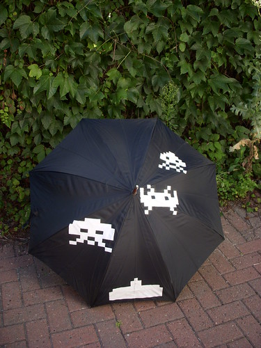 Pop Brollies - Space Invaders