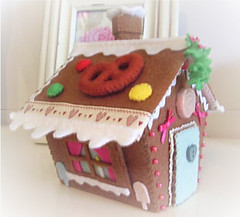 gingerbread house keepsake box (Fabric Fancies) Tags: birthday christmas cute box decoration gingerbread ornament gingerbreadhouse trinket feltcakes keepsakebox fabricfancies