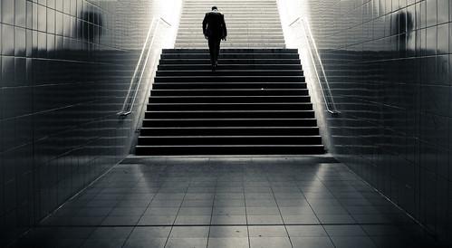 leisure time. (martinteschner) man berlin stairs subway treppe 7d ubahn wilmersdorf fehrbellinerplatz hoyauv tamron175028 canon7d martinteschner