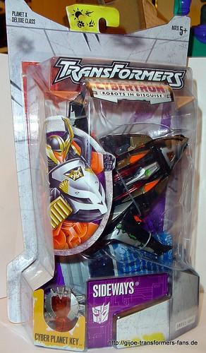 Sideways Cybertron Deluxe  Transformers 001