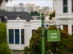 The sign (NinaSasson) Tags: sanfrancisco fullhouse alamosquare dmp09mapproject