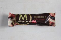 Langnese Magnum Double Raspberry (Like_the_Grand_Canyon) Tags: ice cream eis creme am stiel dessert