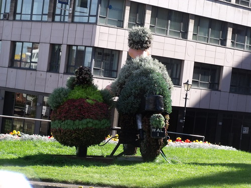 Wallace & Gromit floral  display - Great Charles Street Queensway