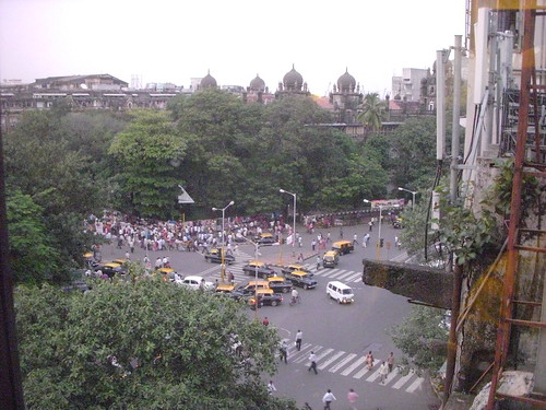 mumbai view towards victoria station