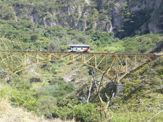 Tren-Ibarra-Salinas