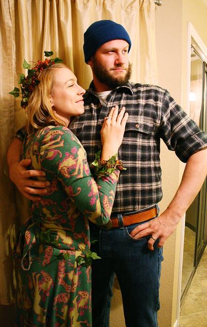 sc 1 st  Little Big & Thrifty Holidays: 8 DIY Coupleu0027s Costume Ideas