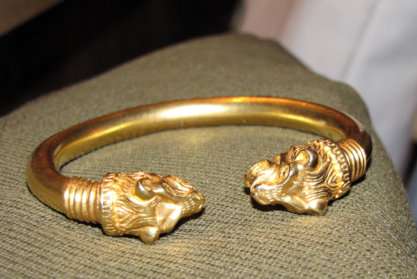 11-27-09 bracelet