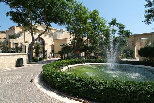 14-Upper-Barakka-Gardens