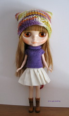 Purple and orange set (sweater & hat) for Blythe: elegantly cosy!