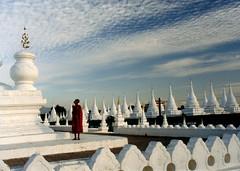 4272 Sandamuni Pagoda -- Mandalay ,capital of Mandalay Region , Myanmar (ngchongkin) Tags: sky beautiful pagoda niceshot photos monk myanmar shiningstar nationalgeographic musictomyeyes hiddentreasure beautifulshot flickrstars peaceaward flickrhearts flickraward flickrbronzeaward heartawards dazzlingshots flickridol earthasia thebestshot discoveryphotos artofimages angelawards dragonflyawards visionaryartsgallery contactaward mycivilization sapphireawards passionoftheheart flickrsgottalent bestpeopleschoice unicornawards wonderfulasia moongoddessawards poppyawards fabulousphotographyaward artistsoftheyearlevel2