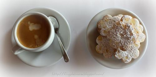 biscotti e cappuccio 3
