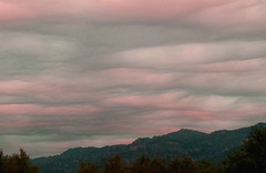 up before sunrise (Marlis1) Tags: clouds sunrise spain montes elsports weatherphotography justclouds grangrupo marlis1 undulusasperatus