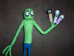 saladfingers (with friends)-02 (mikaplexus) Tags: sculpture art me myself toy toys michael puppet cartoon puppets hubert unfinished mika cartoons hahaha theman mds saladfingers jeremyfisher yourfriend plexus hubertcumberdale michaelstewart davidfirth marjorystewartbaxter mikaplexus michaelduanestewart mestuffs