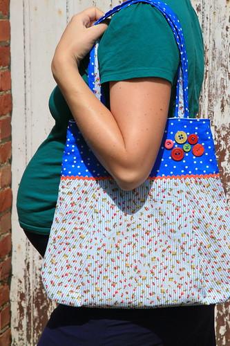 Kleurige tas, 34 weken zwanger