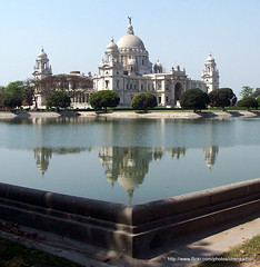 Victoria Memorial, Kolkata (Calcutta) (fixosign) Tags: city bridge india angel port river hall ship kodak tram belfast victoria victory queen empress holi calcutta ganges victoriamemorial bugle dx6490 weathercock hoogly howrahbridge yellowtaxi indosaracenic kolata vidyasagarsetu rabindrasetu aplusphoto 1000712