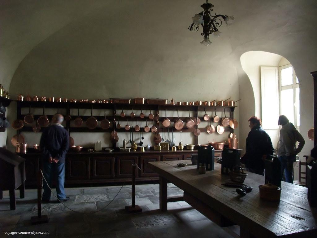 L'ancienne cuisine du Château, et sa collection de cuivres