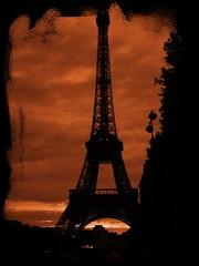 Eiffel (Campeuro) Tags: paris france metal atardecer europa europe torre eiffel torreeiffel puestadesol francia ocaso icono hierro parisino