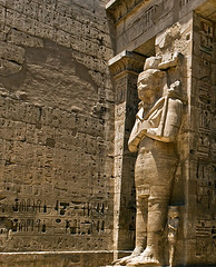 Medinet Habu temple (ktildsley) Tags: temple egypt medinethabu