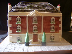 dolls house cake front (Pagancakegirl) Tags: trees windows house cakes cake fruit dolls novelty tiles aurora georgian slate period flowerboxes dawns sugarpaste dl15red wwwauroracakescom