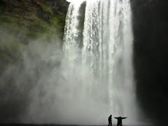 Roverway 09 Iceland (285) - Jugandose el tipo