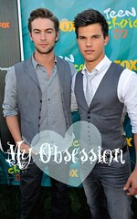 Taylor Lautner and Chace Crawford TCAs 09 (iluvnickjonas6) Tags: teen taylor chace choice awards crawford lautner