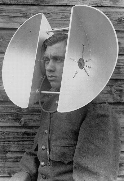 big hearing_aid