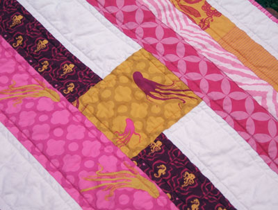 Mendocino quilt: Close-up