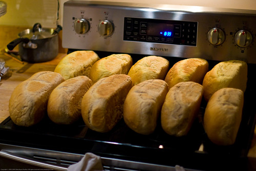 Samsung Review: Massive bread bake-off!