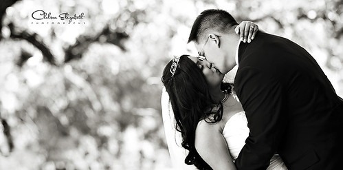 black and white photography kissing. lack and white bride and