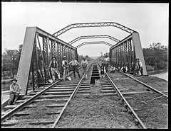 Ironbark rail bridge, Hexham, NSW, 9 December 1897 (Cultural Collections, University of Newcastle) Tags: newcastle railway australia nsw 1897 hexham hunterriver railbridgebridge ralphsnowball snowballcollection ralphsnowballcollection asgn0816b37 hexhamrailbridge newcastleregionnswhistorypictorialworks photographynewsouthwalesnewcastle railroadsnewsouthwalestrains