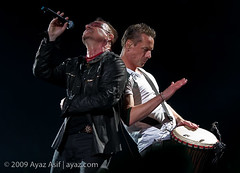 U2-2009-LasVegas-22 (wwwayazdotcom) Tags: music usa u2 concert travels lasvegas live nevada nv northamerica samboydstadium 360tour