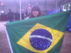 Brazilian flag signed by the fans (VVahsabi) Tags: brazil en festival photography grey live direngrey paulo 2009 so dir maquinaria emboss at focusless
