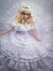 Winter Wonderland in Brocade (kingkevin) Tags: snow barbie winterwonderland brocade alvinailey misaki fashionroyalty nipponmisaki bestinbrocade