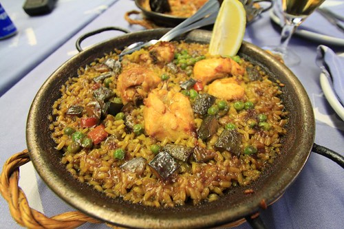 Paella, chicken way.