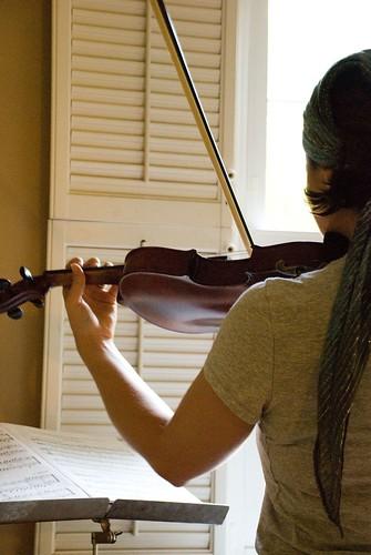 mama indulgence :: violin practice