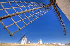 Molinos de viento en el Campo de Criptana, Castilla La Mancha HDR (marcp_dmoz) Tags: sky espaa mill windmill miguel canon real eos la spain quijote himmel ciudad viento molino cielo campo don cervantes hdr quixote spanien hidalgo castilla sancho mancha panza criptana windmuehle muehle 50d