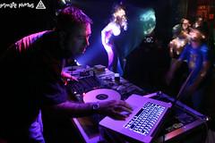 IMG_3190 (Dan Correia) Tags: 15fav topv111 macintosh lights dj laptop mixer katherine nightclub turntables canonef1740mmf4lusm drumnbass seratoscratch asides macbookpro