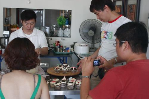 Cupcake Class Sunny Yaw 23
