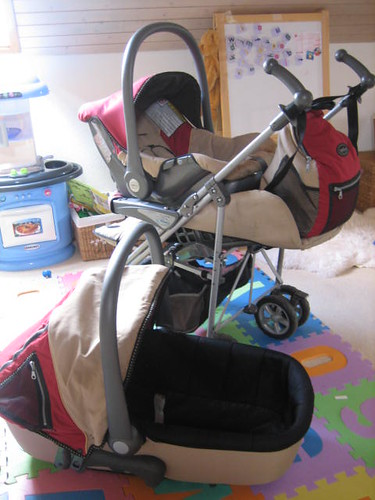 Neonato Multi-Sport  3 in 1 Travel System - Red and beige - 100Chf - SOLD!!!