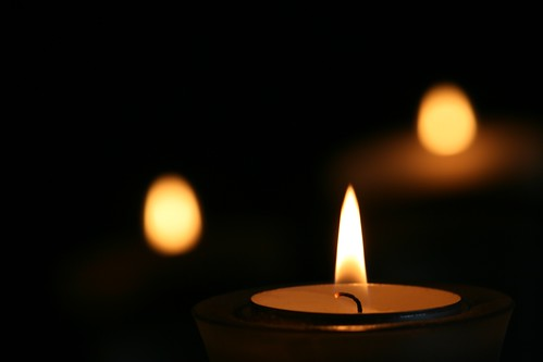 Candle light by Alesa Dam, on Flickr