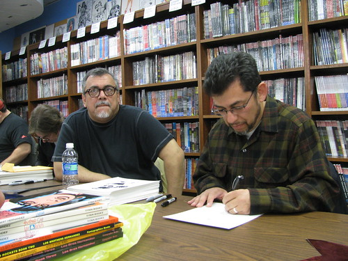 Gilbert & Jaime Hernandez at Wonder Woman Day, Excalibur Books & Comics, Portland OR, Oct. 25, 2009