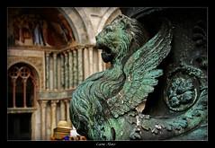Leone Alato (Diego Castillejo) Tags: plaza venice italy canon eos italia leon sanmarcos piazza venecia venezia sanmarco veneto leonealato 400d kasti88 diegocastillejo