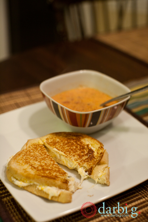 Gourmet grilled cheese-roated red pepper soup101