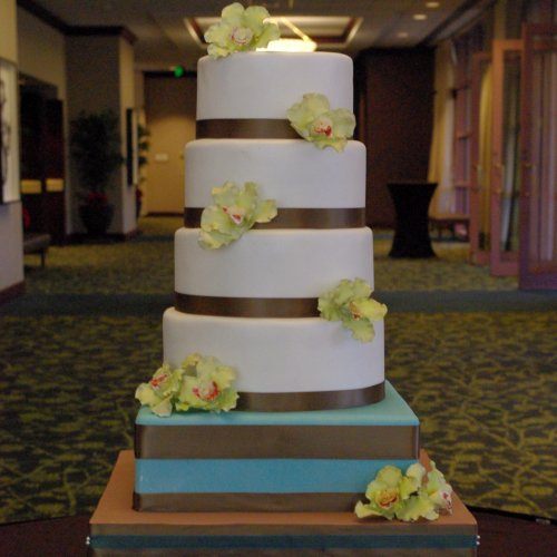 Sugar Orchid Wedding Cake