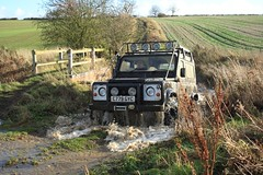 Greenlaning C &W Mud Club 6th Dec 2009 (boddle (Steve Hart)) Tags: road green cars car club automobile play mud 4x4 rover off pay land coventry muddy warwickshire automobiles defender roader offroader greenlaning plugging laning plugger discovey