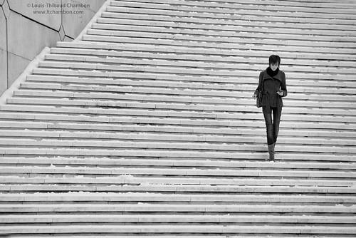 Escalier de l'Arche sous la neige - La Défense - Paris #1 by louistib.