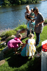 (Jodimichelle) Tags: party kids oliver lifelist jessica pinata weddingcelebration openhouse july2009 momandroger
