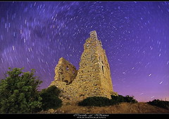 Stoned under the stars (tolis*) Tags: castle canon star long exposure trails medieval tokina greece polar fortress chios pyrgi 1224f4 eos50d   flioukas   superstarthebest dotia olis